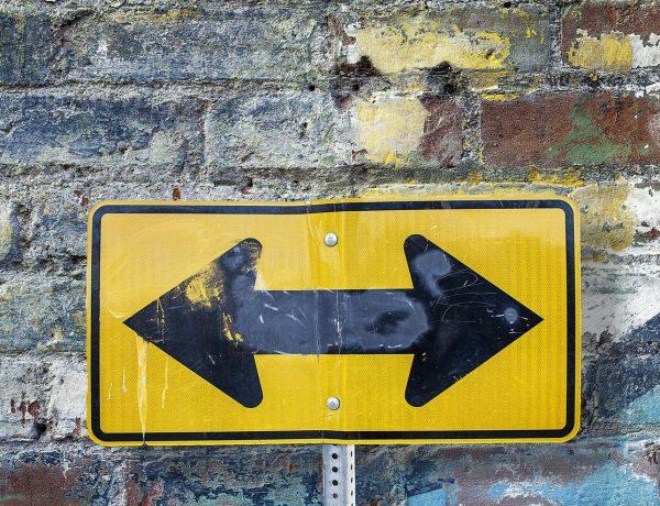 Kernwaarden - foto van een wegwijzer (verkeersbord)