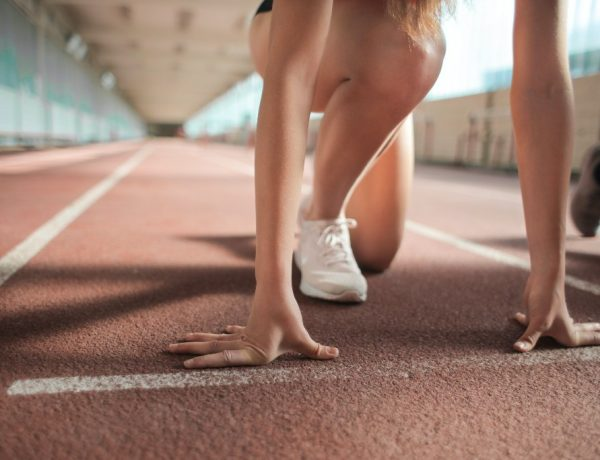 Marathonloper sprinter of uitsteller - afbeelding van startende renner